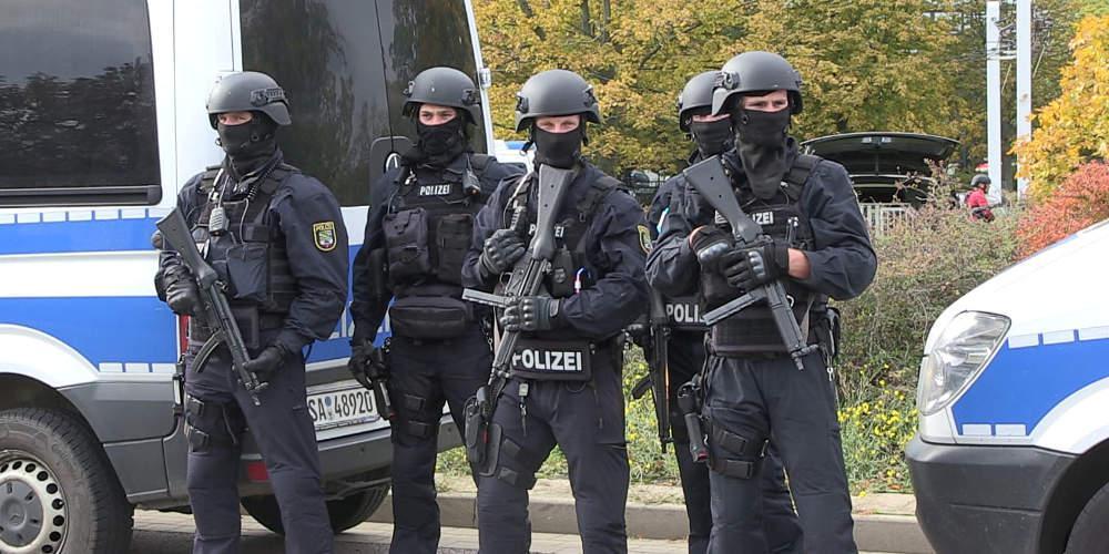 Νεκρός από πυρά αστυνομικού στη Γερμανία ένας άνδρας οπλισμένος με μαχαίρι