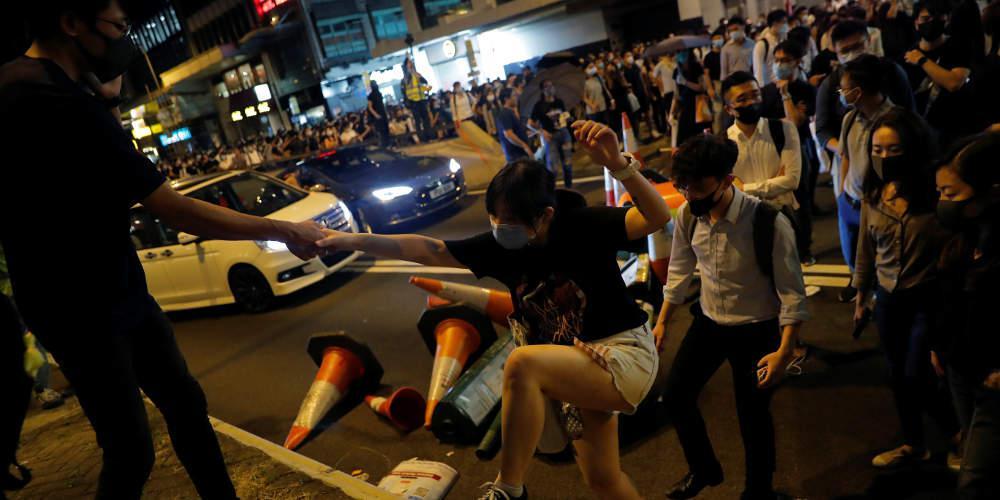 «Αγκάθι» το Χονγκ Κονγκ στην υπογραφή συμφωνίας για το εμπόριο ανάμεσα σε ΗΠΑ και Κίνα