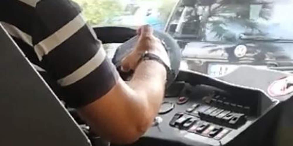 Απίστευτη καταγγελία: Οδηγός τρόλεϊ έπαιζε με το κινητό του ενώ οδηγούσε [βίντεο]