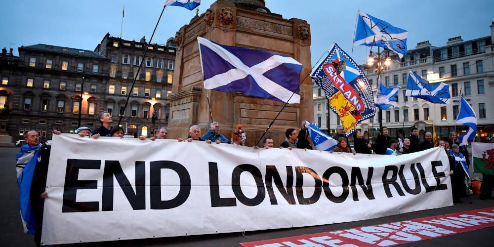 Η Σκωτία προειδοποιεί τον Τζόνσον με νέο δημοψήφισμα για την ανεξαρτησία της