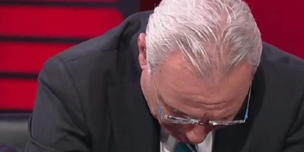 Δάκρυσε από θλίψη ο Χρίστο Στότσκοφ σε ερώτηση για τους νεοναζί Βούλγαρους οπαδούς [βίντεο]