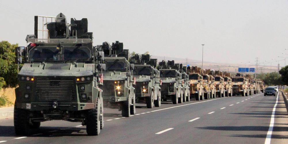 Ο Ερντογάν αγνοεί τους πάντες κάνοντας «ντου» στη Μανμπίτζ και ο Τραμπ αποσύρει και τους τελευταίους στρατιώτες