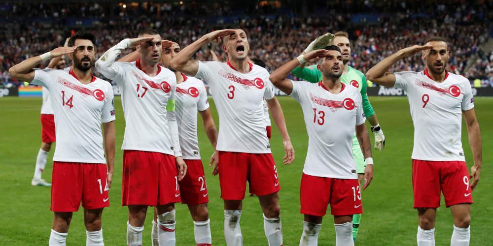 Αφαίρεση του τελικού του Champions League από την Κωνσταντινούπολη ζητά Ιταλός υπουργός