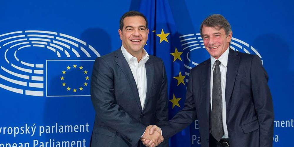Ο Τσίπρας προσπαθεί να «αλώσει» το ΚΙΝΑΛ μέσω των ευρωσοσιαλιστών