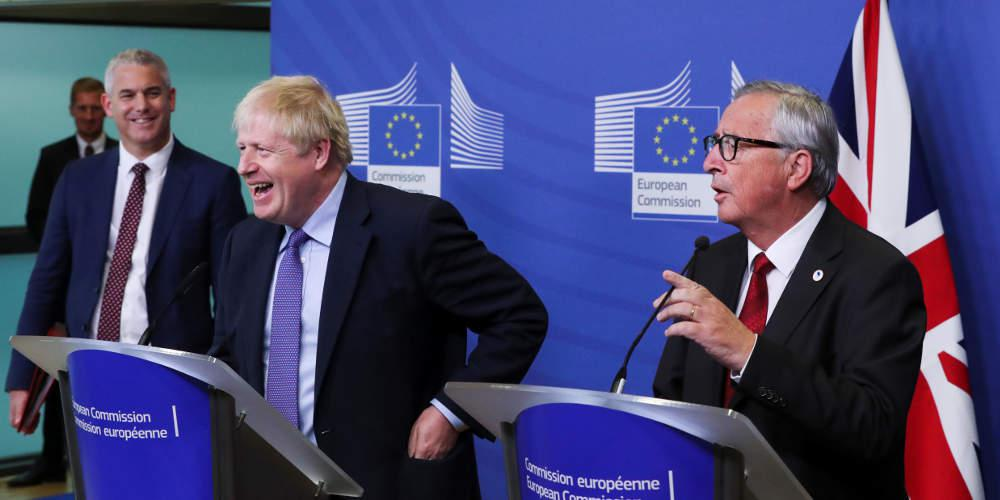 Στην κόψη του ξυραφιού το Brexit: Συμφωνία Τζόνσον-ΕΕ – Διαφωνούν Εργατικοί, Βορεϊορλανδοί και Σκωτσέζοι