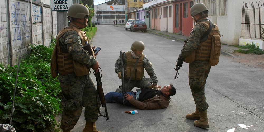 Χαμός στη Χιλή: 11 νεκροί σε αντικυβερνητικές διαδηλώσεις [εικόνες]