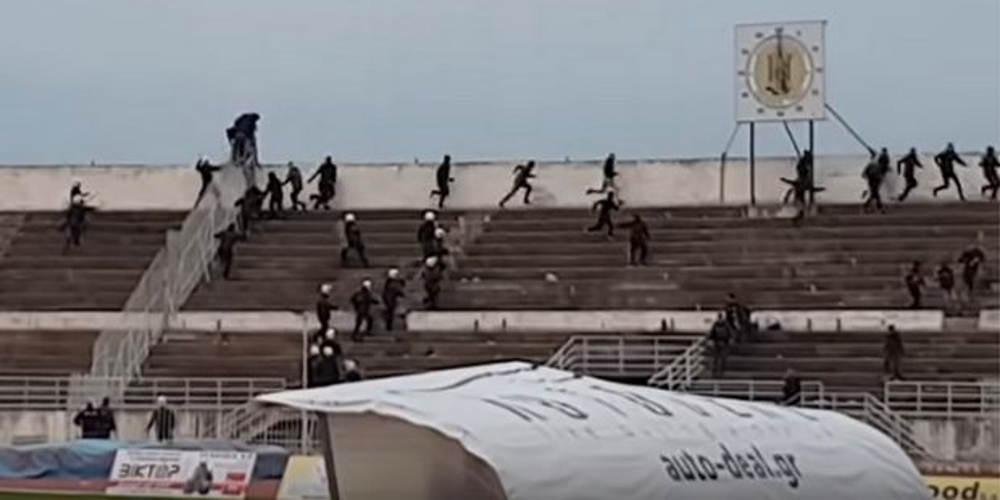 Σοβαρά επεισόδια στα Τρίκαλα και επίθεση σε παίκτη του Αιγάλεω [βίντεο]