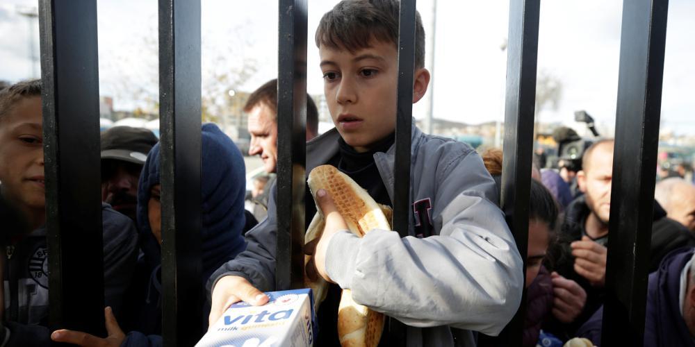 Σεισμός στην Αλβανία: Συγκλονίζουν οι εικόνες από τους καταυλισμούς