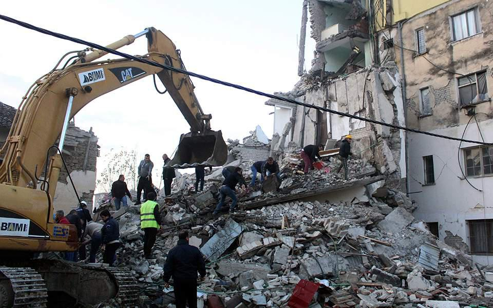 Σεισμός στην Αλβανία: Αυξάνονται οι νεκροί και οι τραυματίες από το χτύπημα του Εγκέλαδου