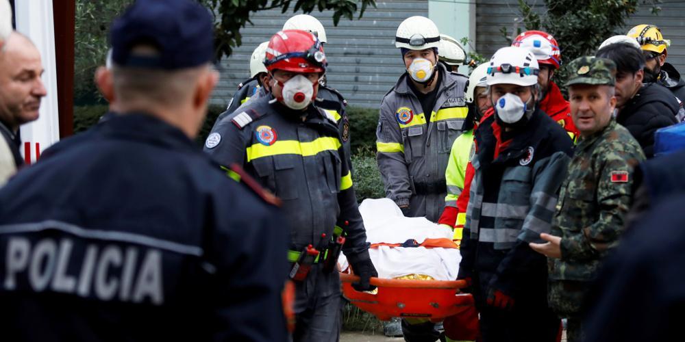 Τραγωδία δίχως τέλος στην Αλβανία - Αυξάνονται ώρα με την ώρα οι νεκροί