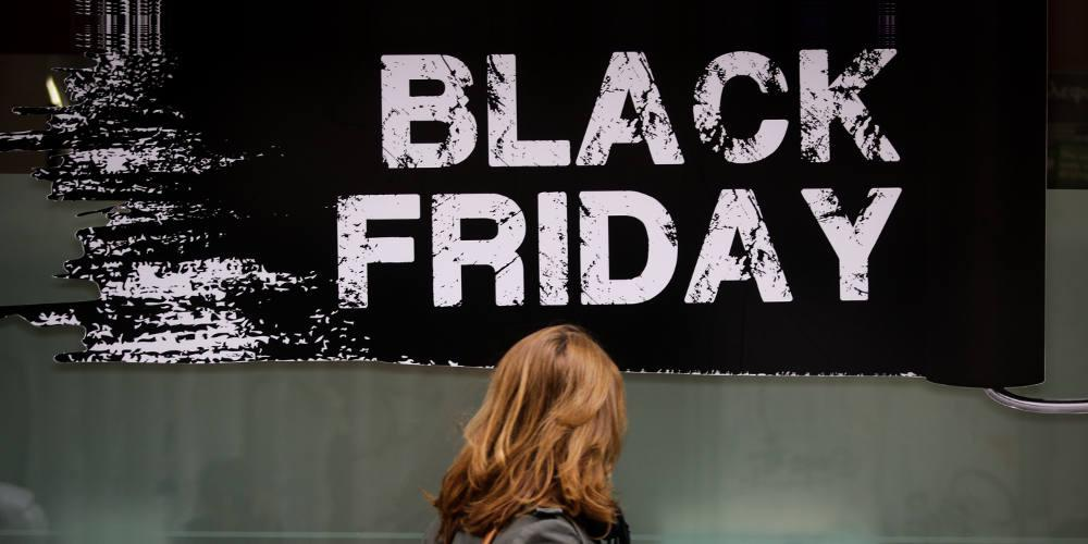 Black Friday: Ο… ιός της καταναλωτικής φρενίτιδας και οι συνήθειες των Ελλήνων