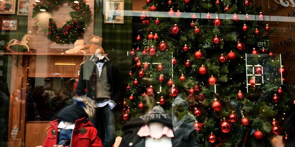 Εορταστικό ωράριο: Πότε θα ανοίξουν τα καταστήματα την Κυριακή 15 Δεκεμβρίου
