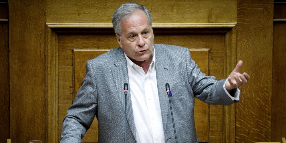 Βουλευτής ΣΥΡΙΖΑ για τον «τοξοβόλο» του Συντάγματος: «Σιγά τον εγκληματία»!