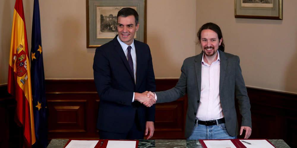 Τα βρήκαν Σάντσεθ-Podemos για κυβέρνηση στην Ισπανία – Χρειάζονται κι άλλους συμμάχους