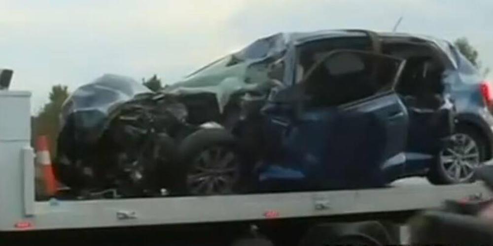 Τραγωδία στην Παλλήνη: Νεκρός οδηγός μετά από φρικτό τροχαίο