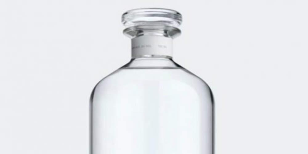 Οι ουκρανικές αρχές κατέστρεψαν… 37.000 μπουκάλια νοθευμένης βότκας