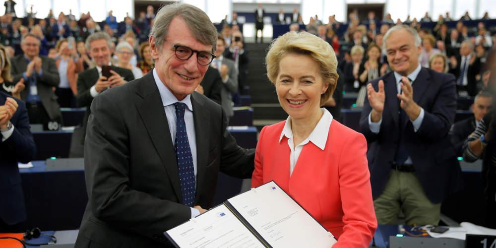 Εποχή φον ντερ Λάιεν στην Κομισιόν: Η Ευρωβουλή ενέκρινε την ανάληψη της προεδρίας
