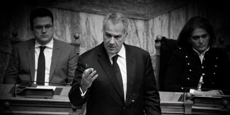 Σκληρή κόντρα στη Βουλή ανάμεσα σε Βορίδη και Τζανακόπουλο για την 6η Δεκεμβρίου