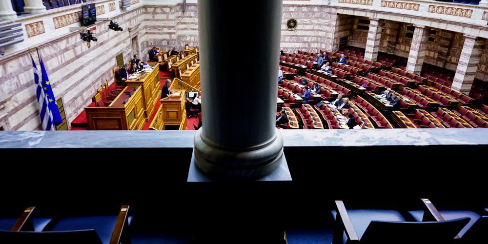 Εκλογικός νόμος: Ψηφίζεται απόψε η επαναφορά της ενισχυμένης αναλογικής