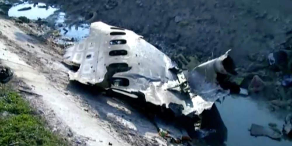 Πρώτη έκθεση για την αεροπορική τραγωδία στο Ιράν: Φωτιά στον αέρα έπιασε το αεροπλάνο