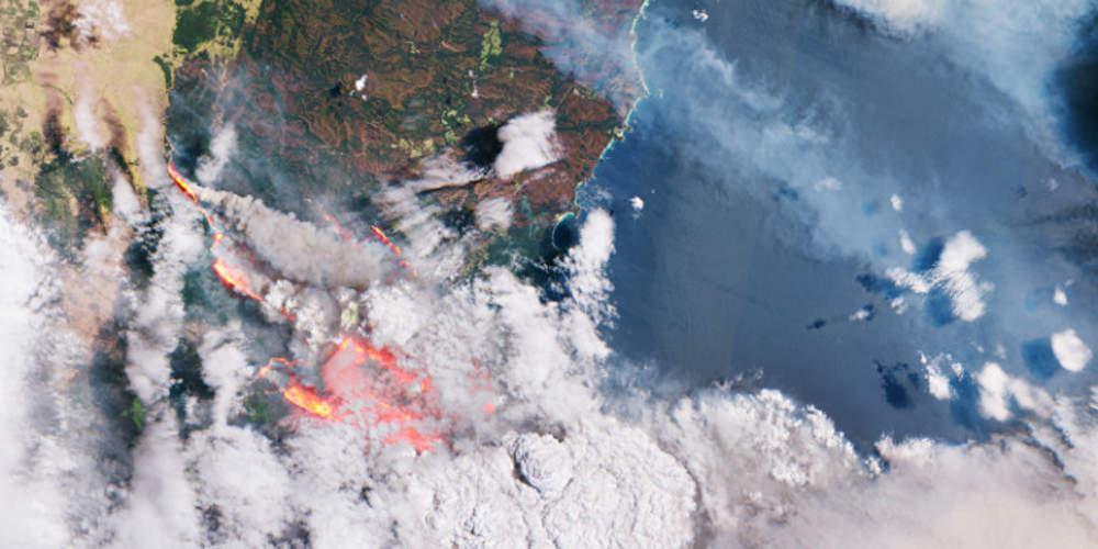 Στις φλόγες η Αυστραλία: Σοκαριστικές εικόνες από δορυφόρο – Στους 27 οι νεκροί