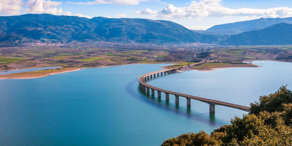 Καμπανάκι συναγερμού: «Ρωγμές» στη γέφυρα Σερβίων και βάσιμοι φόβοι για τη στατικότητα