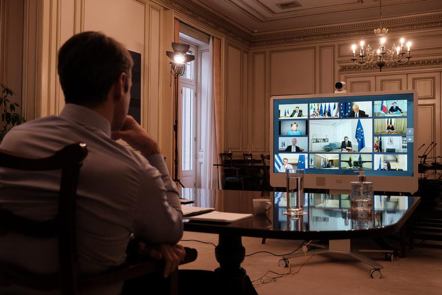 Bloomberg για Σύνοδο Κορυφής: 2 τρισ. ευρώ περιλαμβάνει το ευρωπαϊκό σχέδιο για την ανάκαμψη της οικονομίας