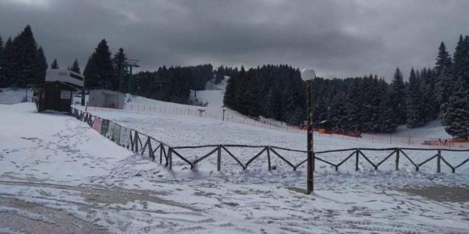 Καιρός: Τριάντα εκατοστά χιόνι στα ορεινά των Τρικάλων