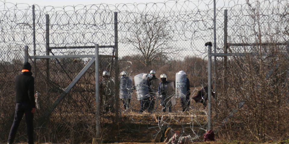 «Ναυάγιο» Ερντογάν στον φράχτη του Εβρου - Διέλυσε τον καταυλισμό στο φυλάκιο Καστανιών