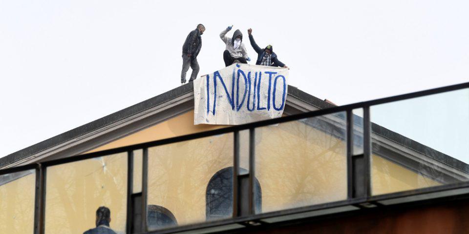 Κορωνοϊός: Χάος και στις φυλακές ιταλικές φυλακές - Δεκάδες εξεγέρσεις