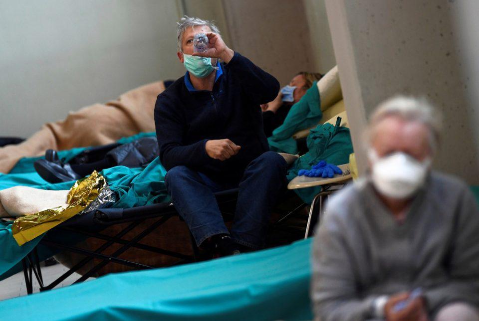 Ο κορωνοϊός «σταυρώνει» Ισπανία και Ιταλία - Χιλιάδες νεκροί