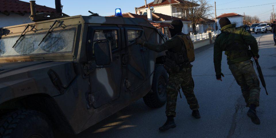 Έβρος: Βίντεο - ντοκουμέντο με προειδοποιητικά πυρά των Ενόπλων Δυνάμεων