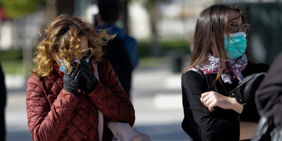 Πότε πρέπει να φοράμε μάσκα και γάντια - Οι συστάσεις Τσιόδρα