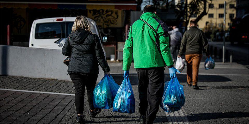 «Δεν ανακυκλώνουμε τον κορωνοϊό» - Ποιες οδηγίες να ακολουθήσουμε για τη διαχείριση απορριμμάτων [βίντεο]
