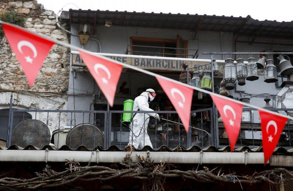 Κορωνοϊός - Τουρκία: Νέο αρνητικό ρεκόρ με 226 θανάτους σε 24 ώρες