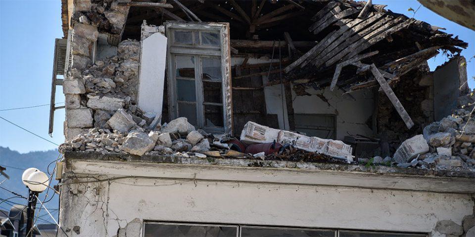 Σοβαρές ζημιές σε περίπου 30 παλιά σπίτια από τον σεισμό στη Πάργα