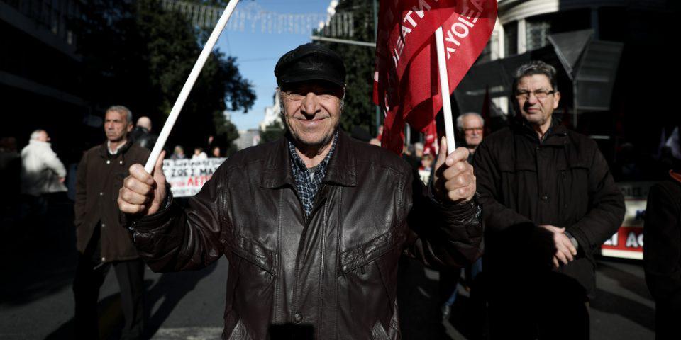 Συντάξεις: Αναδρομικά 500 εκατ. ευρώ και στους συνταξιούχους του Δημοσίου