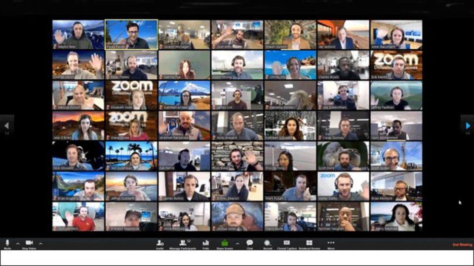 Η πανδημία εκτόξευσε τη χρήση του Zoom για βιντεοδιασκέψεις