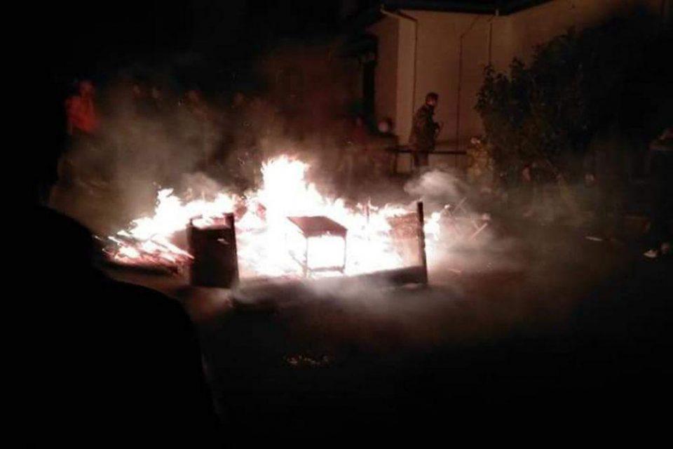 Πέλλα: Έβαλαν φωτιά σε ξενοδοχείο που θα φιλοξενούσε πρόσφυγες