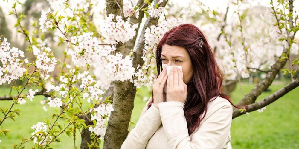 Αλλεργία ή λοίμωξη από κορωνοϊο; Πώς θα το καταλάβουμε