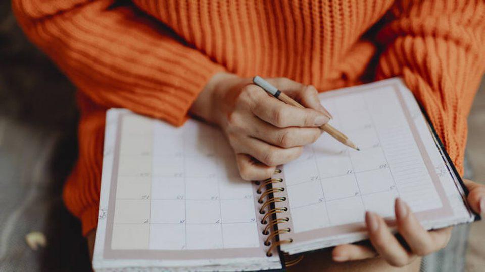 Αγίου Πνεύματος: Ποιοι δεν δουλεύουν τη Δευτέρα 21 Ιουνίου