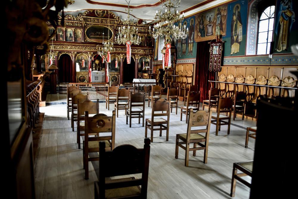 Έξοδος από την καραντίνα: Από σήμερα ανοιχτοί όλοι οι ναοί - Τι πρέπει να προσέχουν οι πιστοί