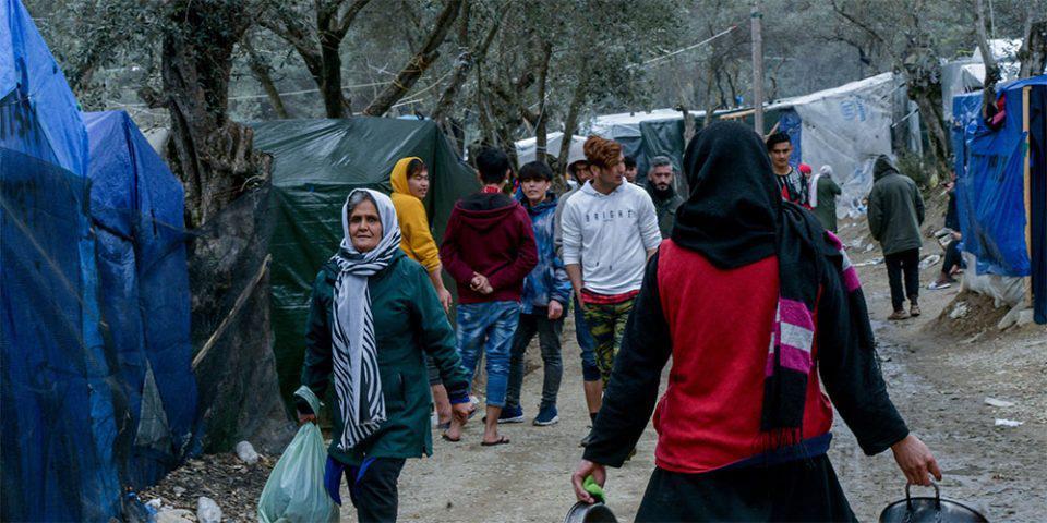 Σάλος με ΜΚΟ που εξαιρεί την Μόρια από την Ελλάδα - Μήνυση από την Περιφέρεια Β. Αιγαίου