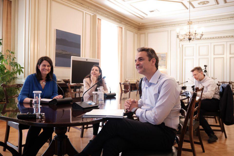 Μητσοτάκης σε εκπαιδευτικούς: Οι αποφάσεις για τα δημοτικά θα ληφθούν σε συμφωνία με τους ειδικούς