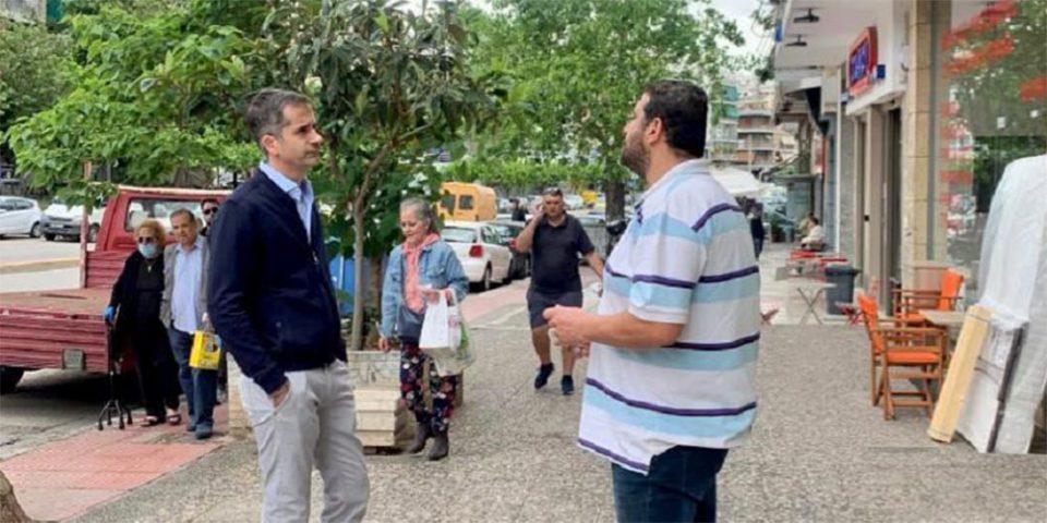 Στην αγορά των Αμπελοκήπων ο Κώστας Μπακογιάννης - «Διευκολύνσεις για τους καταστηματάρχες»