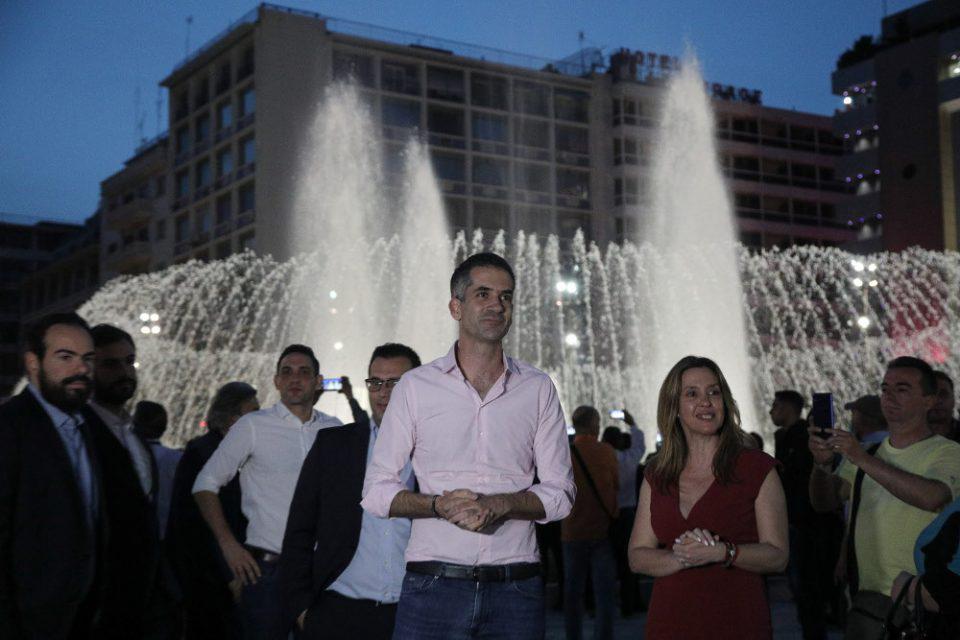 «Κάναμε ένα πολύ μεγάλο λάθος»: Το βίντεο του Μπακογιάννη για τον χτεσινό συνωστισμό στην Ομόνοια