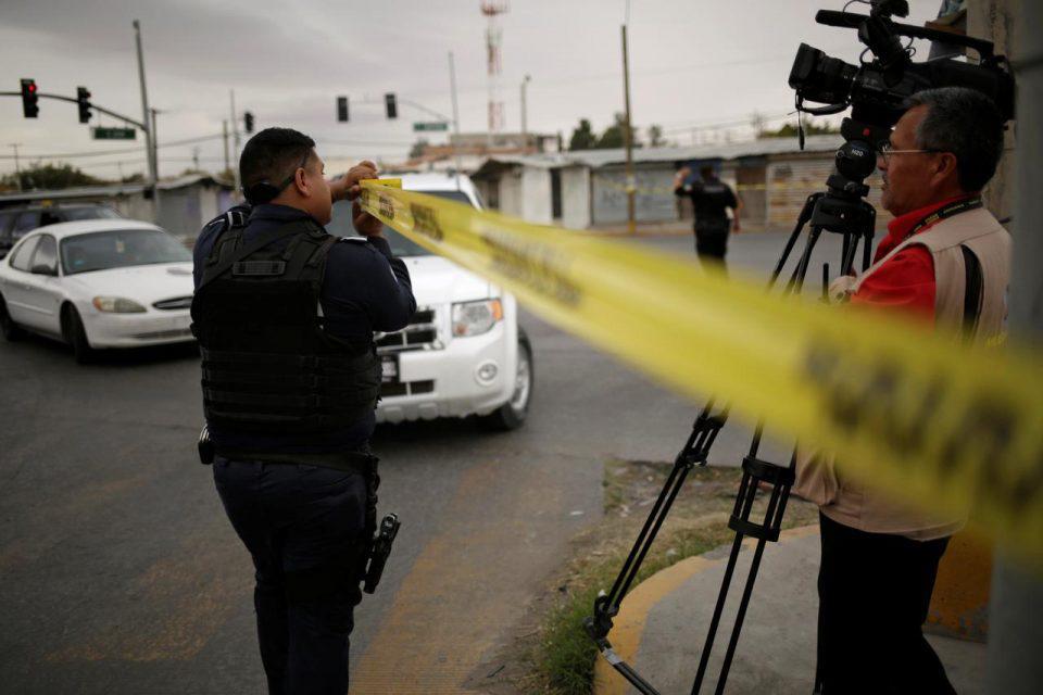 Μεξικό: Σύλληψη 12 αστυνομικών που εμπλέκονται στην σφαγή 19 ανθρώπων