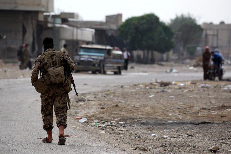 Στις φλόγες η Συρία: Νεκρός Τούρκος στρατιώτης από έκρηξη στην επαρχία Ιντλίμπ