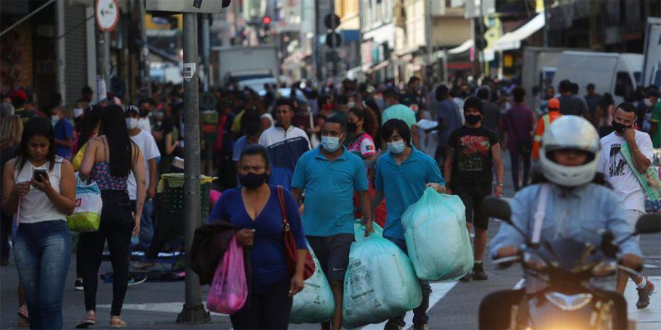 «Θερίζει» ο κορωνοϊός στη Βραζιλία: Πάνω από 1 εκατ. τα κρούσματα - Σχεδόν 50.000 οι θάνατοι