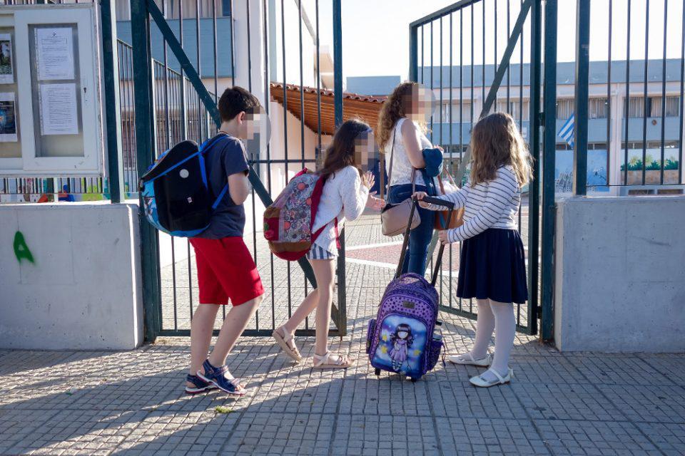 Πέτσας: Με τα σημερινά επιδημιολογικά δεδομένα, τα σχολεία πιθανό ν' ανοίξουν 14 Σεπτεμβρίου